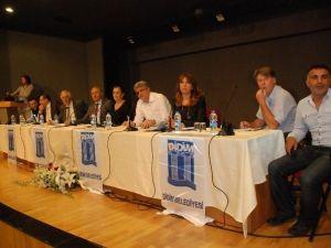 Didim'de Yabancılar Sorunlarını Paylaştı