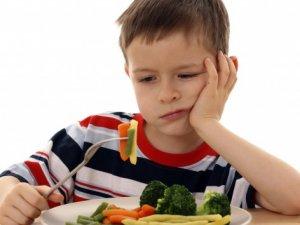 Çocuk yemek için zorlanmalı mı?