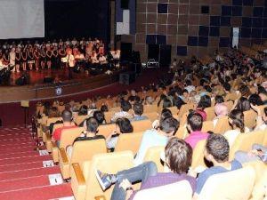 ADÜ Türk Sanat Müziği Korosu Gönüllere Dokundu