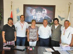 Kuşadası Gençlikspor'un Okçuluk Başarısı