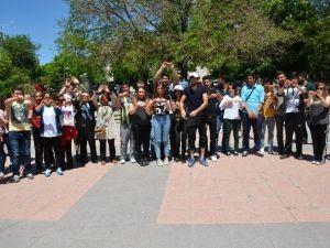 Öğrenciler Sigara Savaş Açtı