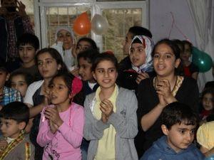 SOHRAM-DER'den Mülteci Anneler İçin Kutlama