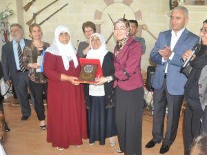 Kahta'da Anneler Günü Kutlandı