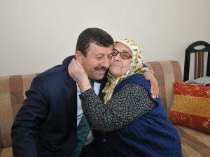 Karabacak'tan Anneler Günü Mesajı