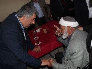 Karaçoban'da Fırat'a Tam Destek