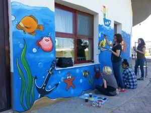 Bakım Merkezinin Duvarlaır Renklendi