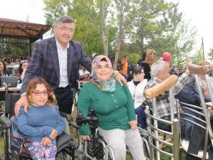 Belediye Başkanı Akdoğan'dan Engelliler Haftası Mesajı