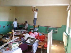 Erkek Hemşire Adayı Öğrenciler 'Bir Fırça Da Sen Sür' Projesine İmza Attılar