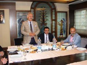 MHP'li Çavuşoğlu'ndan Kardeşlik Çağrısı