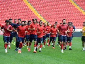 """Kahramanlı: """"Galatasaray'ı Da Fenerbahçe'yi De Yenip Yollayacağız"""""""
