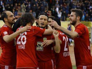 Yeni Malatyaspor'da 14 Futbolcunun Sözleşmesi Sona Erdi
