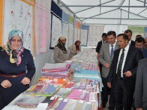 Başkan Toltar 'Hayır Çarşısı Kermesini' Açtı