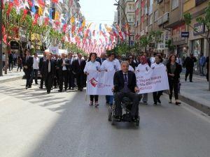 Elazığ'da Engelliler Haftası Etkinlikleri Yürüyüşle Başladı