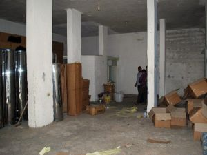 Mersin'de Kaçak İçki İmalathanesi Ortaya Çıkarıldı