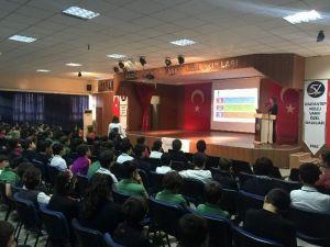 GKV Ortaokulu'nda Sağlıklı Beslenme Konferansı