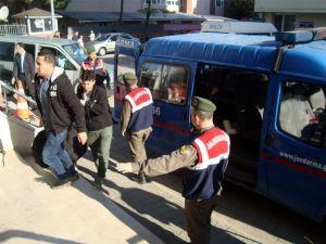 Yalova'da 35 Afganlı Mülteci Yakalandı