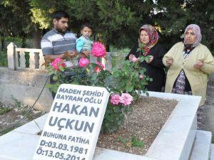 Kırkağaç'ta Şehit Aileleri En Acı Anneler Günü'nü Yaşadı