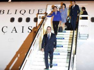 Hollande, Küba'ya Gelen İlk Fransa Cumhurbaşkanı Oldu