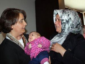 """AK Parti Kadın Kollarından """"Anneler Günü"""" Programı"""