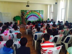 Atatürk İlkokulu'nda 'Dilek Ağacı' İsimli Tiyatro Gösterimi