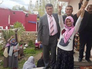 Çimen Horasan'da Seçmenle Buluştu
