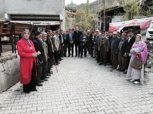 AK Parti Erzurum Milletvekili Adayı İbrahim Aydemir: 'Biz Halkın Huzuruna Çıkanlardanız'