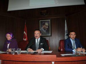 """Başkan Doğan: """"İzmit'te Hedefimiz 250 Milyonluk Bütçe"""""""