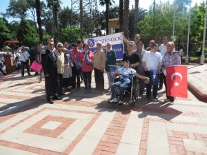 Nazilli'de Engelliler Haftası Çelenk Sunumu İle Başladı