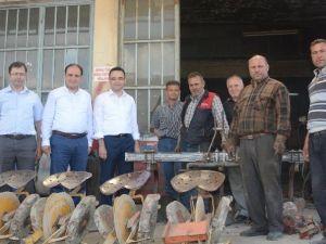 AK Partili Baybatur'a Kula'da Büyük İlgi