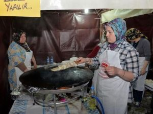 '9.Geleneksel Yerel Tatlar Festivali'nde Kastamonu Ve Roman Rüzgarı Esti