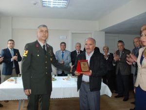 Yılın Şoförü Plaketle Ödüllendirildi