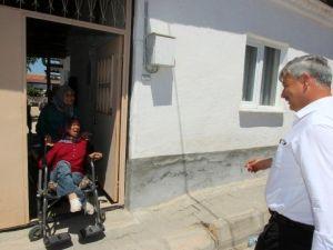 Başkan Yaralı'dan Semiha'ya Tekerlekli Sandalye Sözü