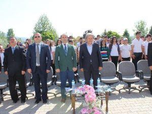 """Osmaneli 75. Yıl Anadolu Lisesi'nde """"TÜBİTAK Bilim Fuarı"""" Açıldı"""