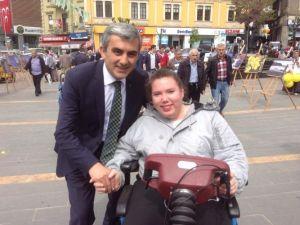 MHP Adayı Orhan Erzurum Engellileri Yalnız Bırakmadı