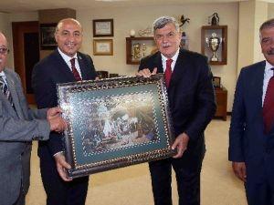 Başkan Karaosmanoğlu, ''Ahilik, Yaşam Biçimi Olmalıdır''
