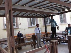 Burhaniye'de Hükumet Konağına İmeceyle Kamelya Yapıldı