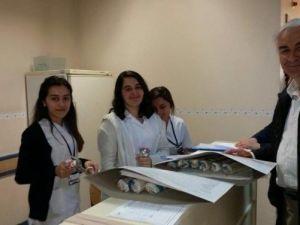 Zafer Teber'den Hemşirelere Jest
