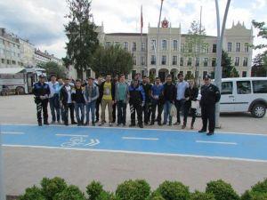 Bolu'da Toplum Destekli Polis Vatandaşı Bilgilendirdi