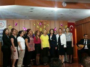 1. Hava İkmal Bakım Merkezi İlkokulu'nda Anneler Günü Kutlaması