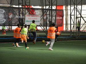 """Orduzu Derneği'nden """"Bahar Futbol Turnuvası"""""""