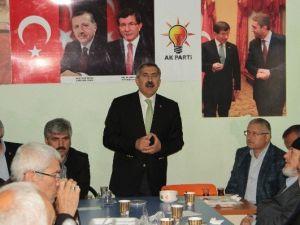 Ak Partili Yayman, Çekmeköy'de Cemevini Ziyaret Etti