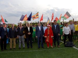 Konya'da Uluslararası Öğrenci Futbol Turnuvası Yapılıyor