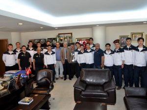 Akhisarlı Genç Basketbolcular Türkiye Şampiyonasında