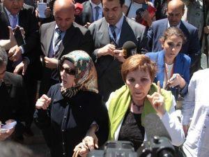 Kenan Evren'in Cenaze Namazında Protesto