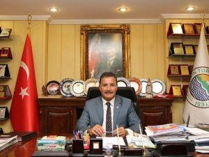Başkan Tuna, Ebeler Ve Hemşireler Haftasını Kutladı