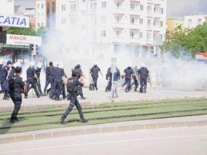 Gaziantep Üniversitesi'nde Karşıt Görüşlü Öğrenciler Arasında Kavga