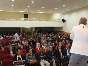 Beyşehir Belediye Personeline Motivasyon Semineri