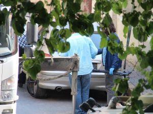 Terk Edilmiş Otomobilin Bagajından Uzun Namlulu Silah Çıktı
