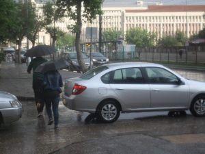 Gaziantep'te Yağmur Vatandaşları Hazırlıksız Yakaladı