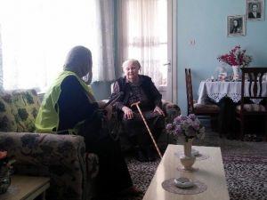 Gönüllü Akademisi Yalnız Yaşayan Anneleri Unutmadı